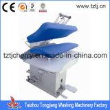 Un service de blanchisserie Shop vêtement Machine de nettoyage à sec Appuyez sur la machine
