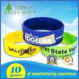 Braccialetto ambientale del silicone di colore puro dell'intaglio di vendite per attività commerciale