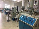 Guotai passte den Farben-Plastikbleistift an, der Maschine herstellt