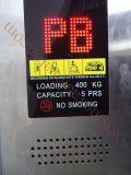 Vecchio elevatore che aggiorna, vecchia manutenzione dell'elevatore dell'elevatore