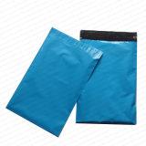 Sac bleu d'annonce de couleur de boutique poly