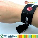 Bracelet fait sur commande du festival tissé par NTAG213 NFC d'à haute fréquence 13.56MHz ISO14443A de logo