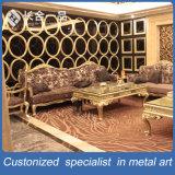 Parete divisoria dorata di lusso personalizzata dell'acciaio inossidabile/parete di Backgroud per la villa/randello