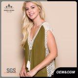 Camicia di grande misura Sleeveless guarnita V-Collo delle donne
