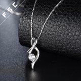 Collana di diamante placcata Pendant dell'oro bianco della collana di Zirconia cubico elegante