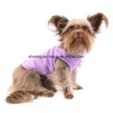 Il cane viola del panno morbido ricopre i vestiti di inverno per tutte le razze