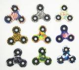 Напальчник большое количество обтекателя втулки руки игрушки спирали понижения давления гироскопа камуфлирования перста пятна триангулярного ягнится игрушка
