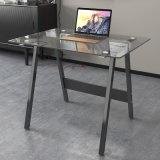 Домашняя черная стеклянная таблица компьютера