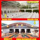 Tenda bianca della tenda foranea di Arcum per l'ospite di Seater della gente di festival 300 in 2018