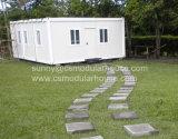 Casa modular y de la precipitación del envase