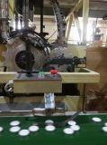 De Kaars van het tin met Citronellaolie die voor Tuin wordt gebemerkt