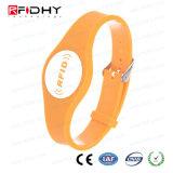 Wristband do pagamento do PVC Cashless da microplaqueta RFID de Ntag da forma do relógio