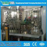 Стеклянную бутылку пива заполнения машины / заполнение производственной линии