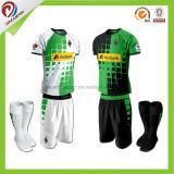 중국 공장 주문 도매가 새로운 남자는 적당한 축구 클럽 승화 축구 Jerseys를 말린다