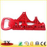 Fridge Magnet métallique rouge fonctionnelle avec l'ouvreur