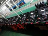 A ferragem elétrica da construção utiliza ferramentas o Rebar Tr395 que amarra a maquinaria de dobra