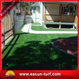 Het kunstmatige Synthetische Tapijt van het Gras voor de Tuin van het Huis