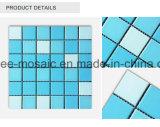 Bleu et blanc couvre de tuiles la tuile de mosaïque en céramique pour la piscine