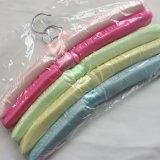 Approvisionnement de toutes sortes de brides de fixation d'habillement complétées par satin de couleurs