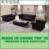 Комплект софы ткани Chesterfield мебели Китая Foshan классицистический