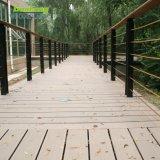 Um deck decorativos exteriores composto de madeira WPC Flooring