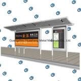 Le bus personnalisable arrêtent la station pour la publicité