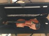 Le violon avec tous de haute qualité à la main et flamme Nice