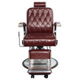 백색 악센트 살롱 의자를 가진 이발소용 의자