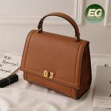 Compra em linha nova Emg5202 do saco de ombro do couro genuíno das bolsas das mulheres do estilo