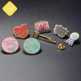 공장 가격 주문을 받아서 만들어진 단단한 사기질 금속 접어젖힌 옷깃 Pin