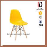 木足のプラスチック椅子のDswの安く多彩な普及した椅子