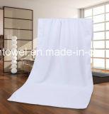 カスタム多彩な方法ロゴの100%年の綿の刺繍のホテルの小さい正方形タオル