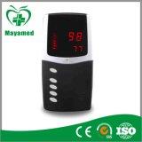 Ossimetro basso di aspersione dell'ossimetro tenuto in mano di impulso My-C016