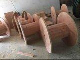 Madeira compensada de madeira do carretel para o cabo