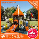 Parc de loisirs des enfants Aire de jeux de plein air la diapositive