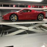 Elevatore sotterraneo dell'automobile del garage della strada privata delle automobili di memoria