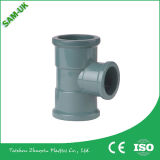 Soquete material do conetor do tanque de água do PVC de um tamanho de 3/4 de polegada para dentro