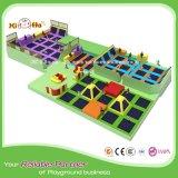 Trampolino poco costoso all'ingrosso con il raggruppamento della sfera per il centro del gioco dei bambini