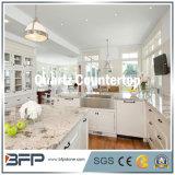 Bancada da cozinha da pedra de quartzo em superfície Polished com tratamento facilitado da borda