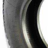 Os pneus de caminhões pesados10.00R20