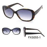 Les femmes d'acétate de fantaisie avec les lunettes de soleil polarisées UV400 Lentille Cat3 (FXS055)