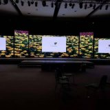 Pleine couleur P4mm Affichage LED à l'intérieur de haute précision pour la publicité commerciale