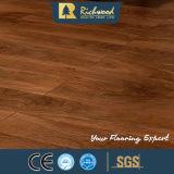 Commercial 8.3mm E0 HDF AC3 Plancher en stratifié bordé de chêne Crystal Oak