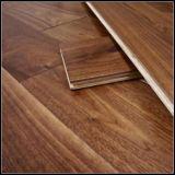 E0標準設計されたアメリカのクルミの木製のフロアーリングか堅材のフロアーリング