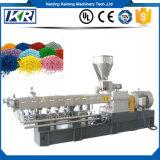 Russ-Plastikzufuhr PE/PP, welche Masterbatch die Plastikkörnchen herstellen die Maschine zusammensetzt Masterbatch Plastikextruder-Maschine füllt