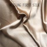 Le solide visqueux en soie de tissu de satin de mélange a teint