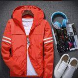 OEM Impermeável à prova de vento Poliéster Sport Men Jacket