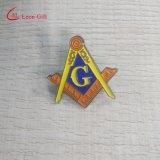 卸し売りカスタム文字Gのロゴのエナメルの折りえりピン