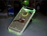 Téléphone matériel de couverture arrière de la qualité TPU appelle la DEL caisse légère instantanée pour la couverture mobile de Samsung S6 S7 de l'iPhone 5