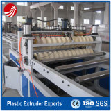 Linea di produzione ondulata dell'espulsione dello strato del PVC della vite gemellare